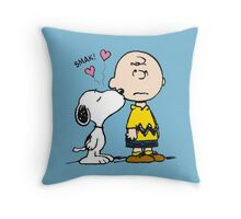 Snoopy Kisses Charlie Throw Pillow