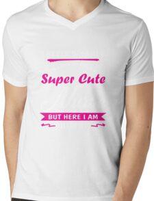 I never dreamed - I'd grow up to be a super cute nurse Mens V-Neck T-Shirt