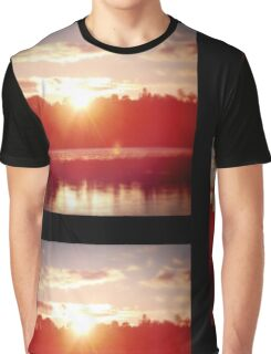 Beautiful Sunset in Canada Graphic T-Shirt