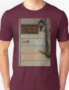 Faculty of Law - Santiago Unisex T-Shirt