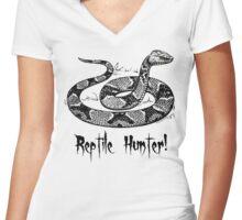 Reptile Hunter! Women's Fitted V-Neck T-Shirt