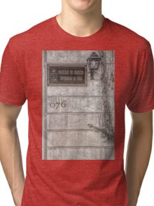 Faculty of Law - Santiago - Grunged Filter Tri-blend T-Shirt