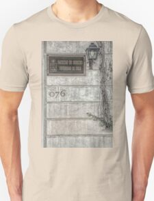 Faculty of Law - Santiago - Grunged Filter Unisex T-Shirt