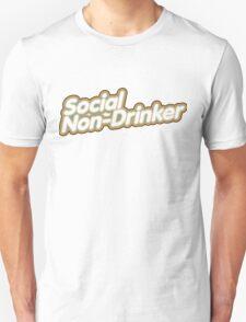 Social Non-Drinker (Design for dark background) T-Shirt
