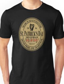 St. Patrick's Day - oval label Unisex T-Shirt