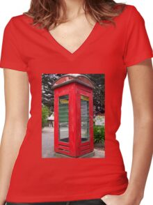 Old Red Phone Box Women's Fitted V-Neck T-Shirt
