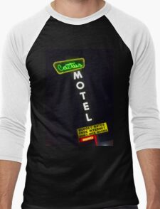 Cactus Motel on Route 66 Men's Baseball ¾ T-Shirt