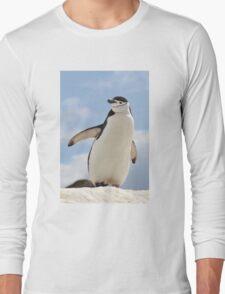 Chinstrap penguin keeps up appearances Long Sleeve T-Shirt