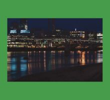 Strolling Down the Thames Riverbank Hand in Hand - Magical Night in London Kids Tee