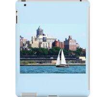 New York - Sailboat Against Manhattan Skyline iPad Case/Skin
