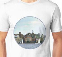 New York - Two Sailboats Against Manhattan Skyline Unisex T-Shirt