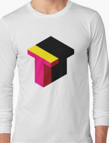 Letter T Isometric Graphic Long Sleeve T-Shirt