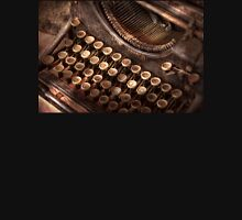 Steampunk - Typewriter - Too tuckered to type T-Shirt