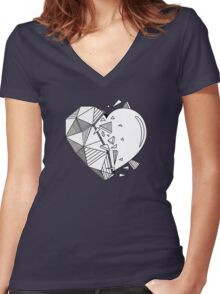 Geometrical Heart Women's Fitted V-Neck T-Shirt