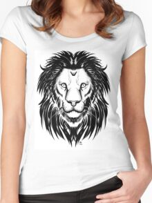 Lion I Women's Fitted Scoop T-Shirt