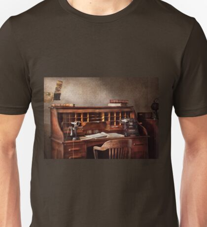 Accountant - Accounting Firm Unisex T-Shirt