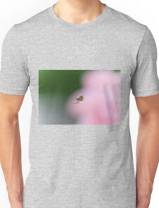 spider in the web Unisex T-Shirt