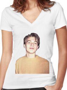 Leonardo DiCaprio  Women's Fitted V-Neck T-Shirt