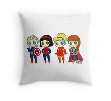 SUPERHERO PRINCESSES Throw Pillow