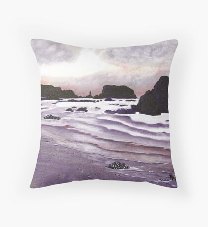 Harris Beach, Oregon USA Throw Pillow