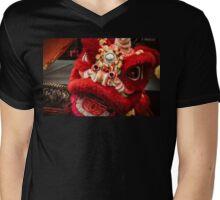 Red Lion Mens V-Neck T-Shirt