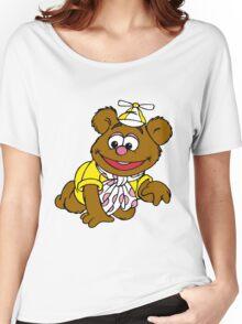 Muppet Babies - Fozzie Bear - Crawling Women's Relaxed Fit T-Shirt