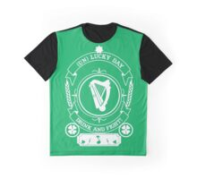 ST PATRIC DAY : ( UN ) LUCKY DAY FOR DRINK & FIGHT Graphic T-Shirt