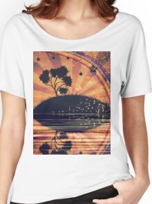 Lonely Tree at Sunset Women's Relaxed Fit T-Shirt