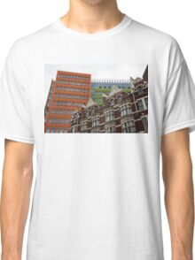The Old and the New - Victorian Houses in Front of the Apple Green and Orange Facades of Central Saint Giles Classic T-Shirt
