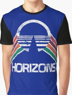 Vintage Horizons Distressed Logo in Vintage Retro Style Graphic T-Shirt