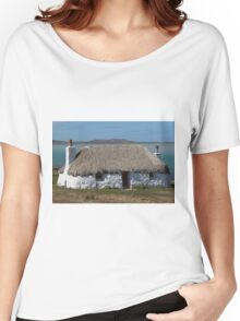 North Uist Thatched Cottage Women's Relaxed Fit T-Shirt