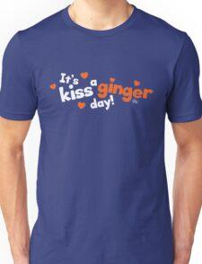 Kiss a Ginger! Unisex T-Shirt