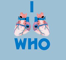 i hearts who T-Shirt