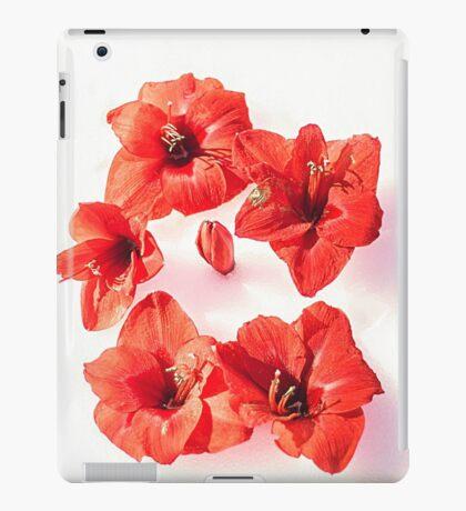 RED challenge  iPad Case/Skin