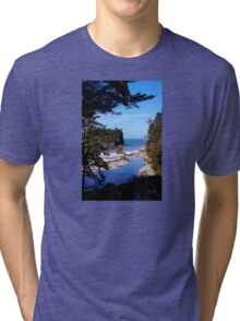 spectacular ruby beach, wa, usa Tri-blend T-Shirt