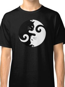 Ying Yang Cats - Black and white Classic T-Shirt