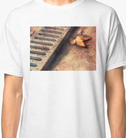 Autumn's coming Classic T-Shirt