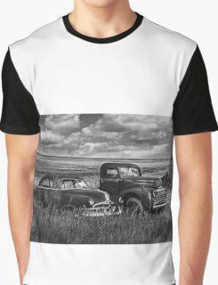 Buddies - BW Graphic T-Shirt