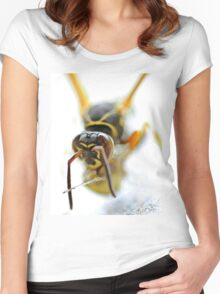 Wasp Women's Fitted Scoop T-Shirt