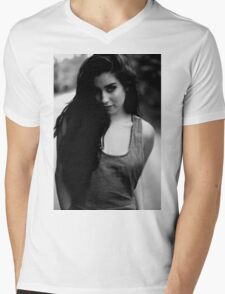 The girl in b&w Mens V-Neck T-Shirt