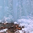 The Ice falls  by zumi