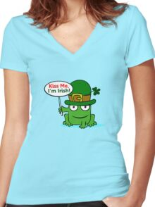 St. Patrick Frog Women's Fitted V-Neck T-Shirt