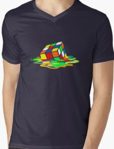 Big Bang Theory Sheldon Cooper Melting Rubik's Cube cool geek Mens V-Neck T-Shirt