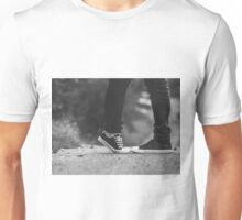 tiptoe kisses Unisex T-Shirt