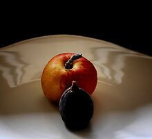 An Apple by lumiwa