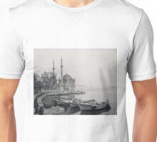 Grand Mecidiye Mosque - Ortakoy - Istanbul Turkey Unisex T-Shirt