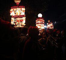 Indian Wedding Crowd by Raghu Bharadwaj