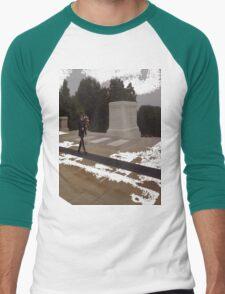 Red FriDay Men's Baseball ¾ T-Shirt