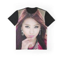 Pretty Bora Graphic T-Shirt