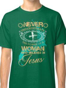 jesus love Classic T-Shirt